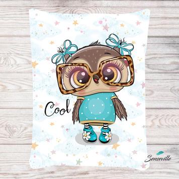 Сова в бирюзовом платье и очках. Панель для одеяла/пледа (78х104см). RUPN-0119